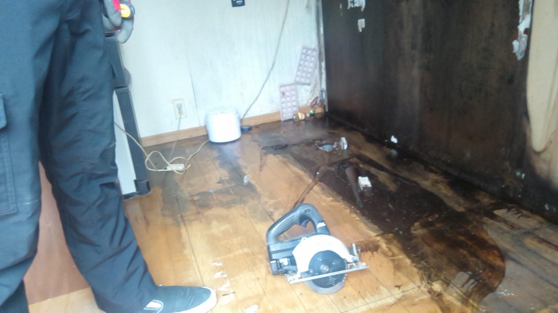 貸家の台所からの水漏れを補修してきました。【佐世保市天神町】