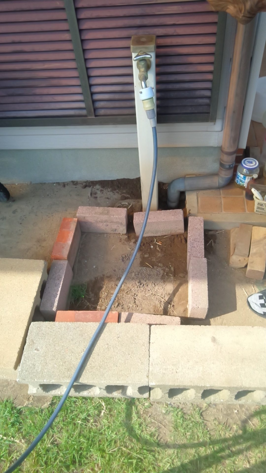 足洗い場工事をやってきました。【大村市S町】